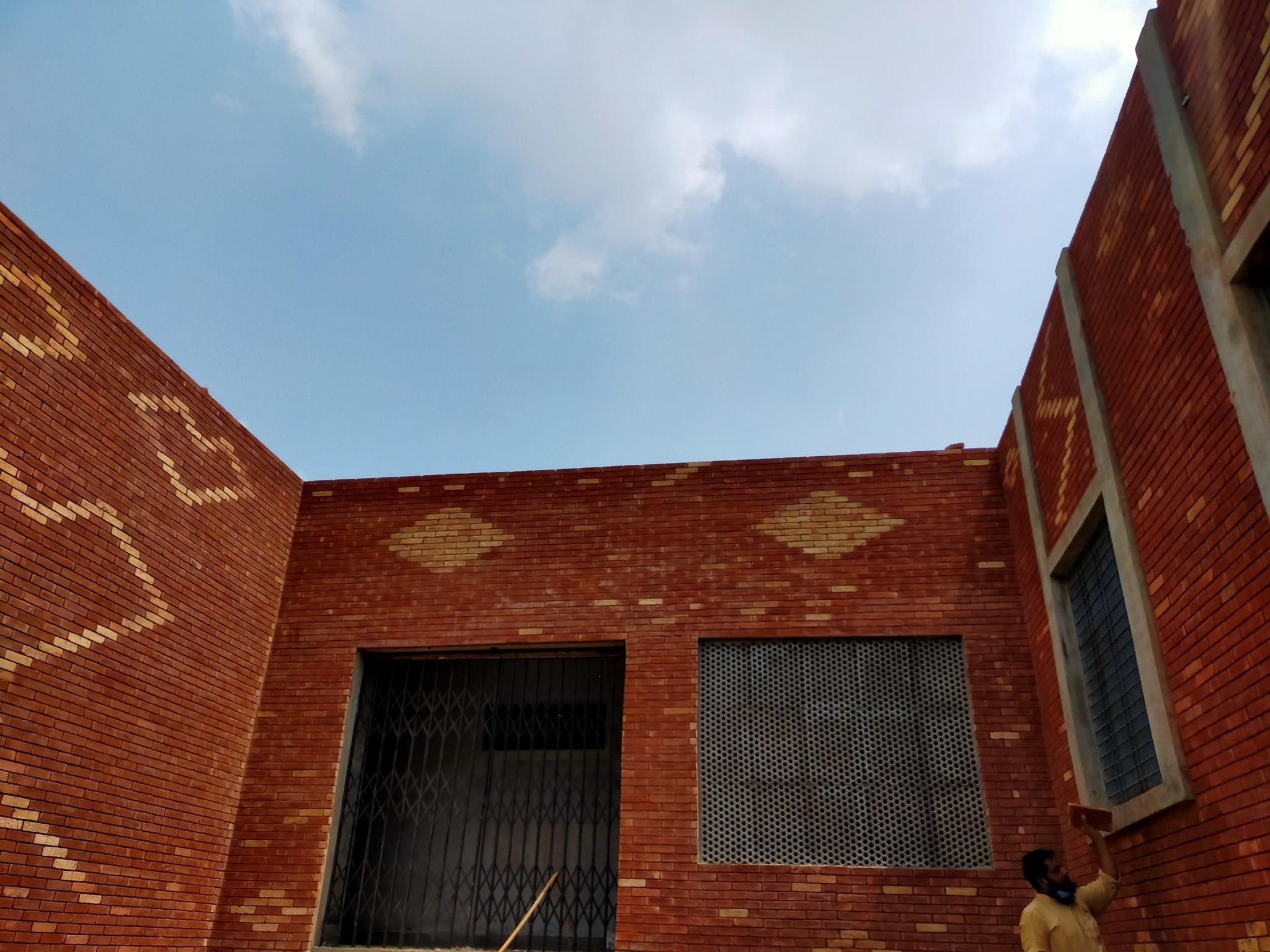 4 red gutka brick tile size in rawalpindi pakistan