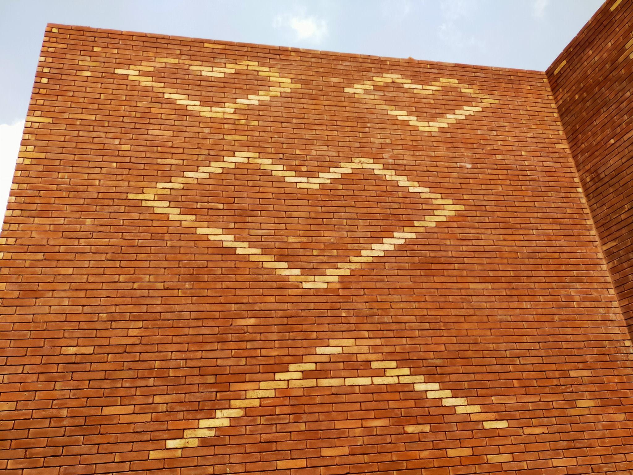 5 Red gutka bricks house front tiles design pakistan