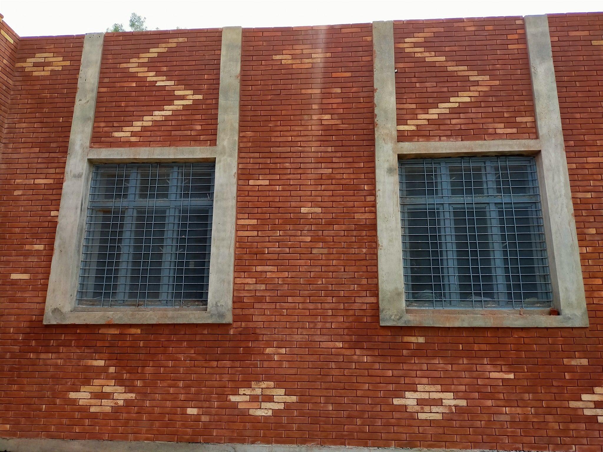 Red bricks gutka tile size